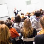 Aprenda as estratégias de comunicação para falar em público