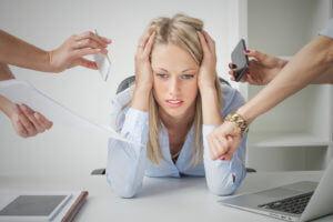 O impacto do stress laboral: consequências para pessoas e empresas