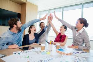 La relación entre compañeros de trabajo: ¿amistad sí o no?