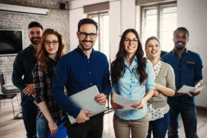 ¿Por qué apostar por empleados alegres? 8 datos que te convencerán
