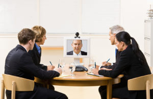 Comunicación sincrónica y asincrónica: conceptos y herramientas