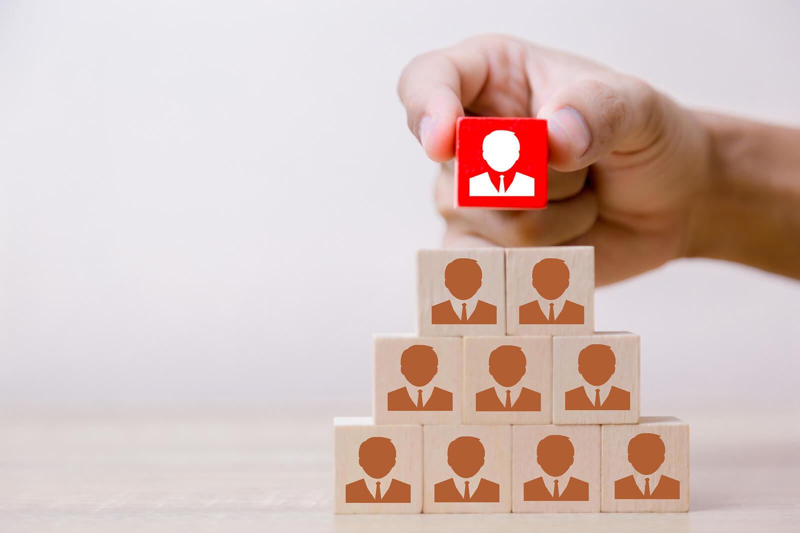 Empresas top-down: cuando la toma de decisiones es de arriba-abajo