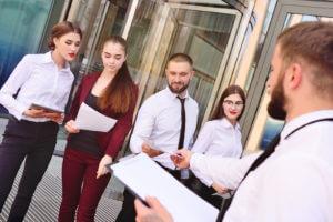 5 factores a la hora de otorgar responsabilidad a los miembros del equipo