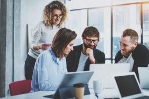 Como entrevistar os seus clientes para saber o que realmente querem?