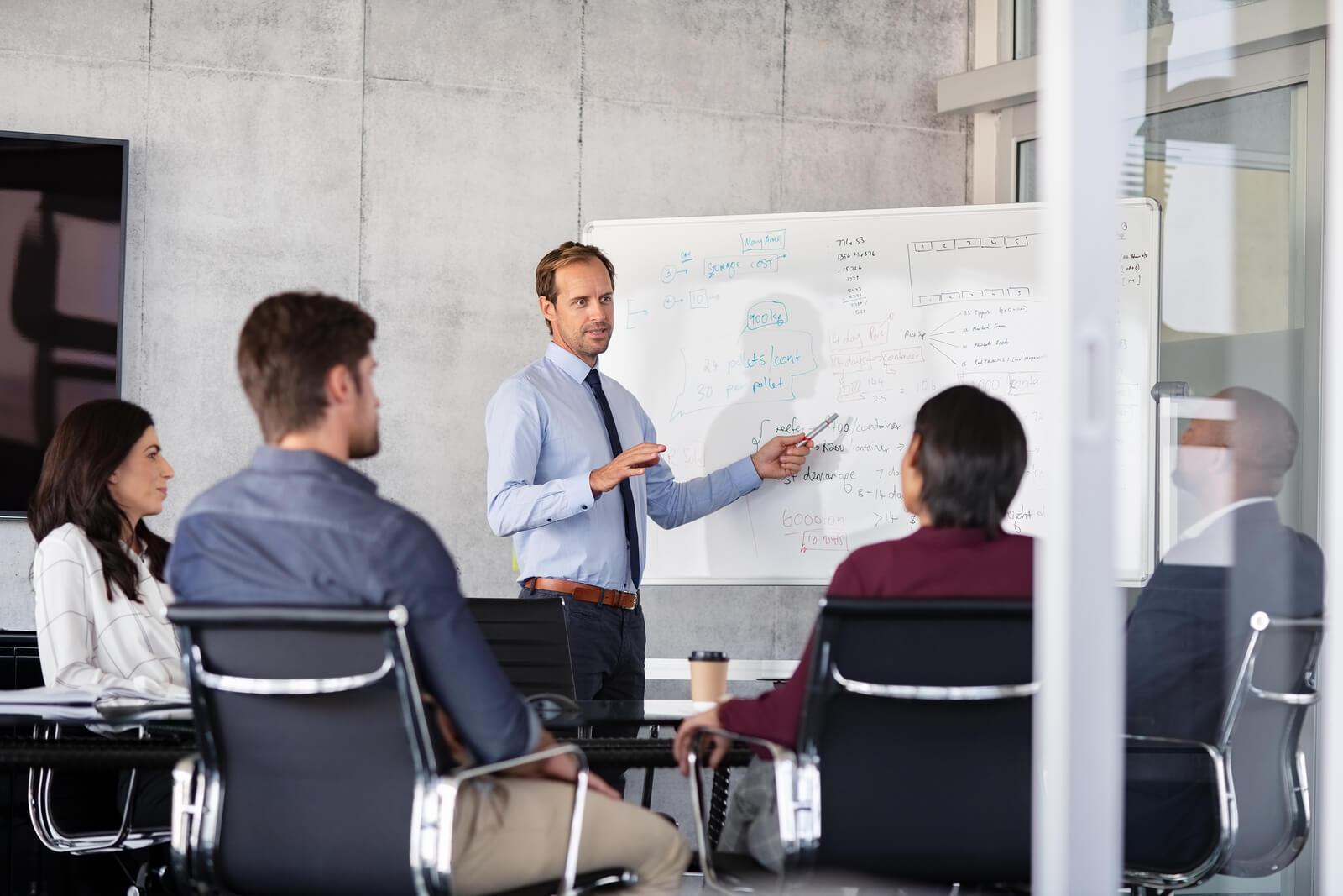 Liderazgo de equipos ¿Es la oratoria el mejor recurso en el liderazgo de equipos?
